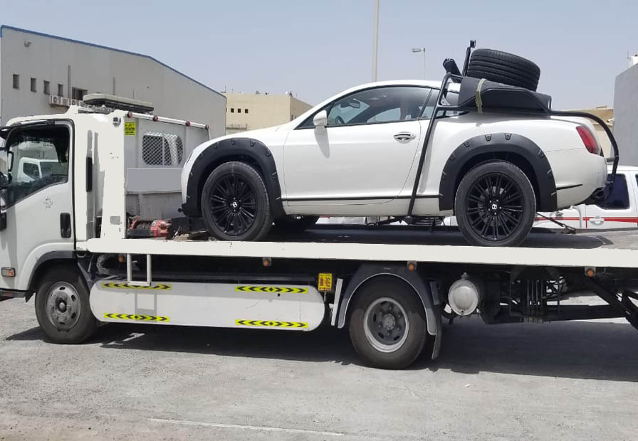 How Do You Choose Roadside Towing Service in UAE?